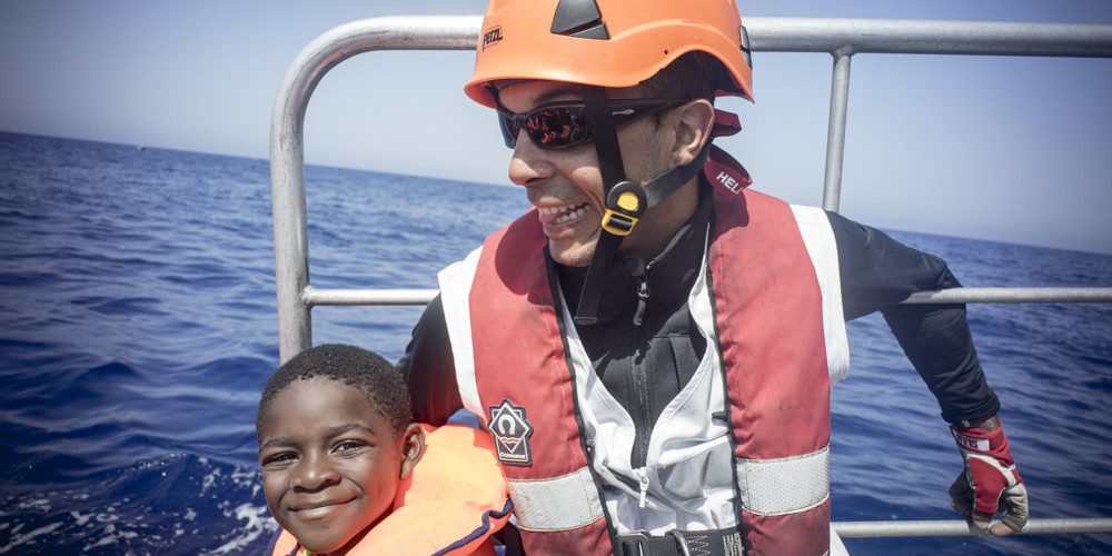 Student Albert Mayordomo from Proactiva Open Arms about the ship sequestered in Italy
